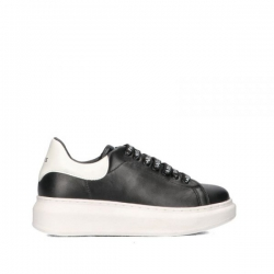 Gaelle sneakers in pelle nera